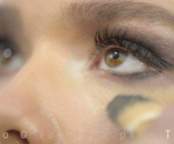 Maquillaje presentacion teeez marca de cosmeticos